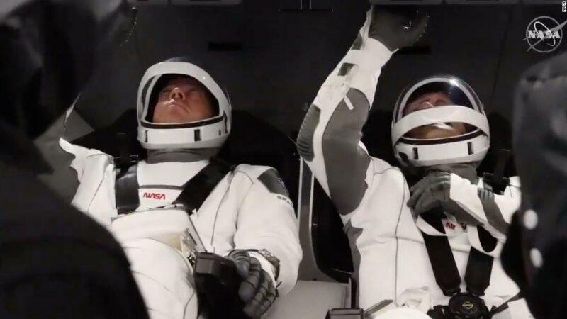 SpaceX e la NASA lanciano Crew Dragon in Florida: aggiornamenti live
