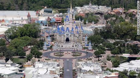 Disney World fissa la data di riapertura