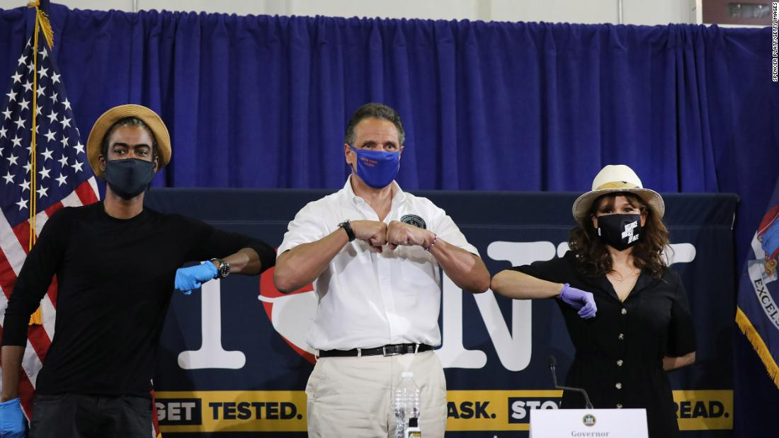 Chris Rock e Rosie Perez si uniscono alla conferenza stampa quotidiana con il Governatore Cuomo