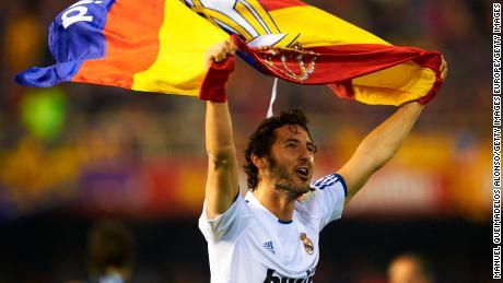Esteban Granero celebra dopo aver vinto la Copa del Rey contro il Barcellona nel 2011.