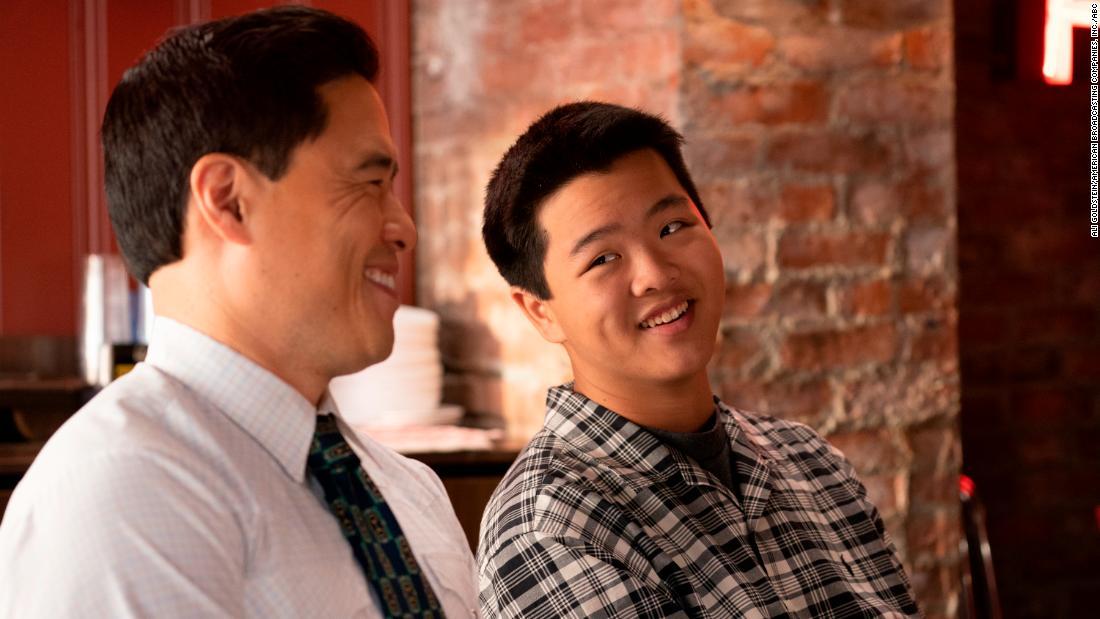 """Gli attori di """"Fresh Off The Boat"""" e """"Kim's Convenience"""" si uniranno per la lettura del tavolo virtuale"""