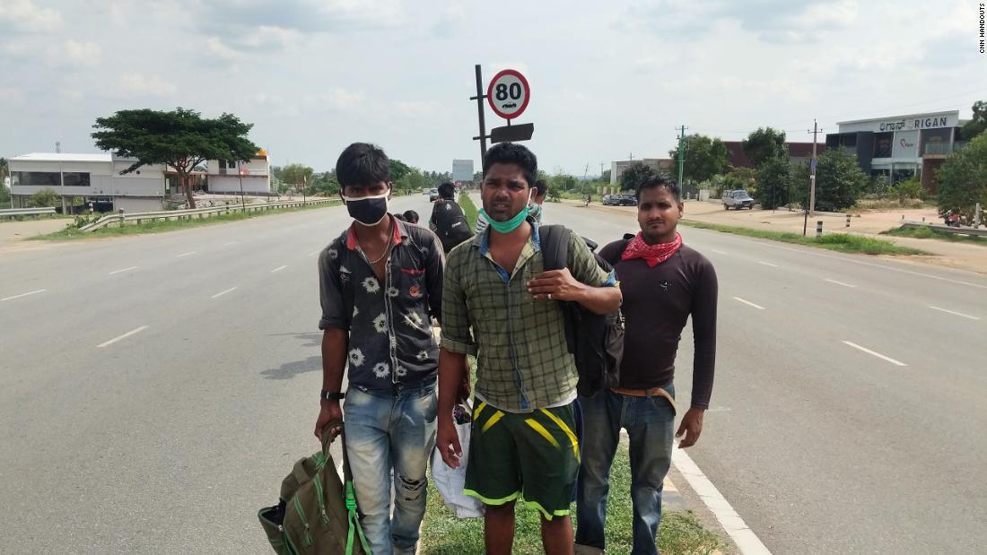 Recinzione in coronavirus dell'India: un viaggio agonizzante per un uomo di 1.250 miglia … A piedi