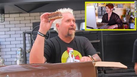 Guy Fieri appare in un episodio speciale da asporto di