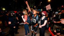Quello che dicono i manifestanti sta alimentando la loro rabbia