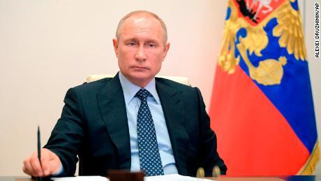 La crisi del coronavirus di Putin si approfondisce con il mortale incendio dell'ospedale e la diagnosi del portavoce