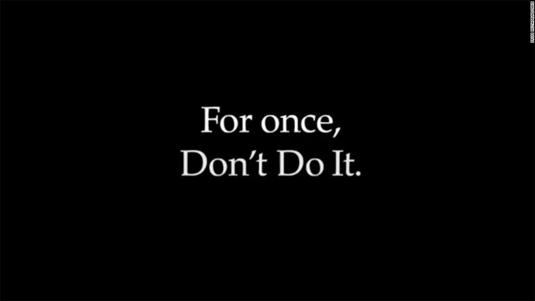 """Nike dice """"Non farlo"""" in un messaggio sul razzismo in America"""