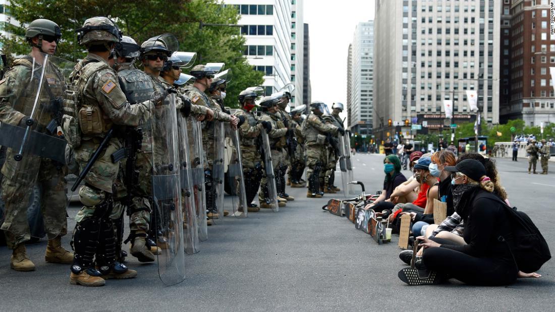 George Floyd protesta in tutta l'America