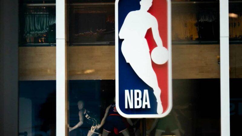 L'NBA dovrebbe approvare un piano per continuare la stagione con 22 squadre.