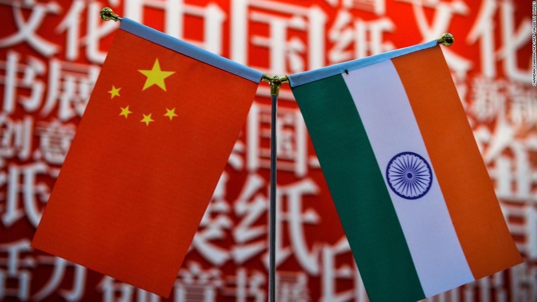 India Tensioni al confine cinese: il ministro della Difesa rivela grandi movimenti di truppe cinesi