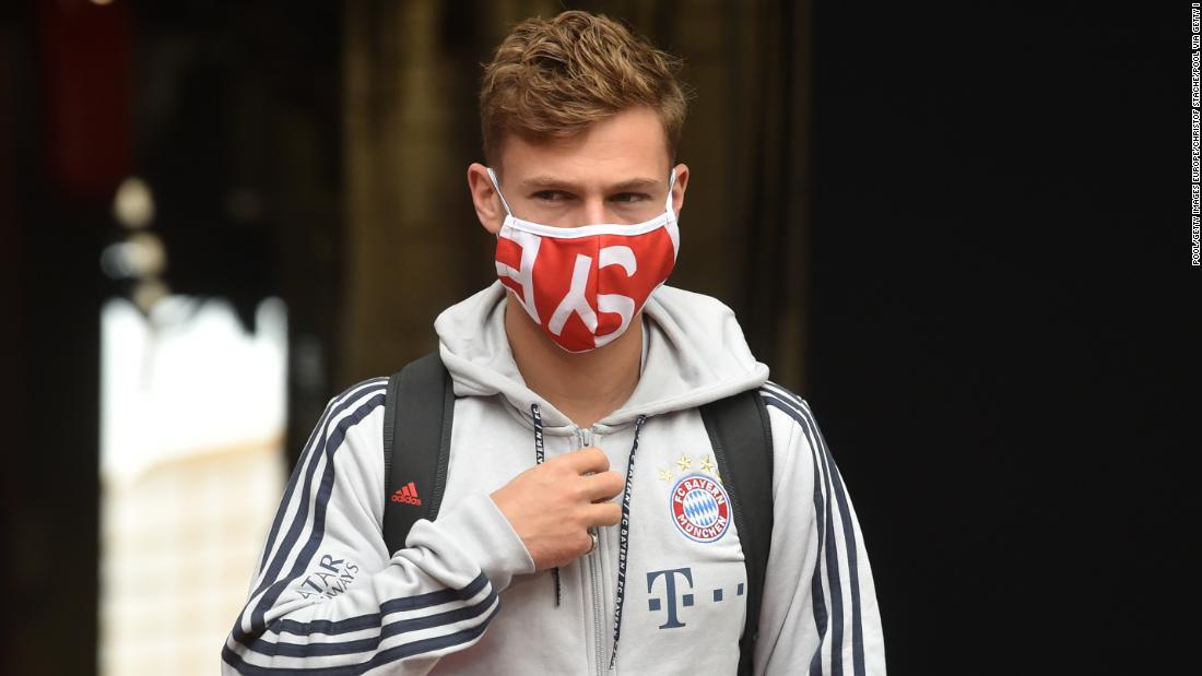 Joshua Kimmich afferma che il Bayern Monaco prevede di unirsi alla protesta inglese di George Floyd