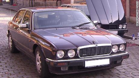 La polizia afferma che questa auto Jaguar era stata originariamente registrata a nome del sospettato, ma il giorno dopo la scomparsa di Madeleine, l'auto è stata registrata nuovamente in Germania da qualcun altro.