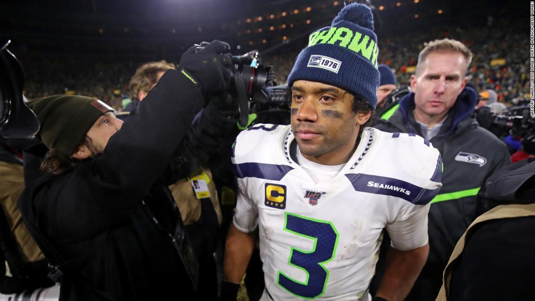 """Russell Wilson: """"Ho un cuore pesante in questo momento"""", afferma il quarterback di Seattle Seahawks"""