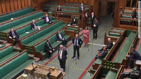 I legislatori sono tornati alla Camera dei Comuni per votare martedì.
